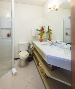 Pousada das Palmeiras Lagoa da Conceicao Florianopolis Suite Palmeira banheiro limpo