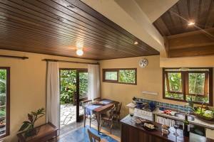Pousada das Palmeiras Lagoa da Conceicao Florianopolis bangalo mar cozinha