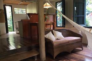 pousada das palmeiras florianopolis bangalo rustico sala aconchegante